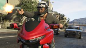 """Ucieczka motocyklem Dinka Thrust"""