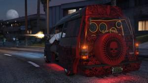 Podrasowana furgonetka Moonbeam