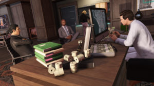 """""""Zostań prawdziwym bossem wDalszych przygodach wfinansach izbrodni - wespnij się naszczyt kryminalnej hierarchii GTA Online, zakładając siedzibę Twojejorganizacji."""""""